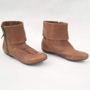 Chinese Laundry Shoes - Chinese Laundry Flat Zip Boots -size 6 / EUR 37